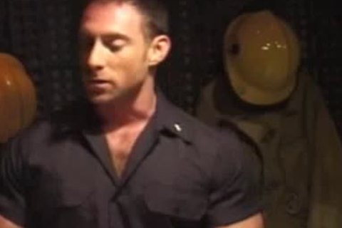 Muscle God Billy herrington