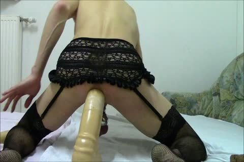 large-group-sex Sissy-villein, gigantic dildo